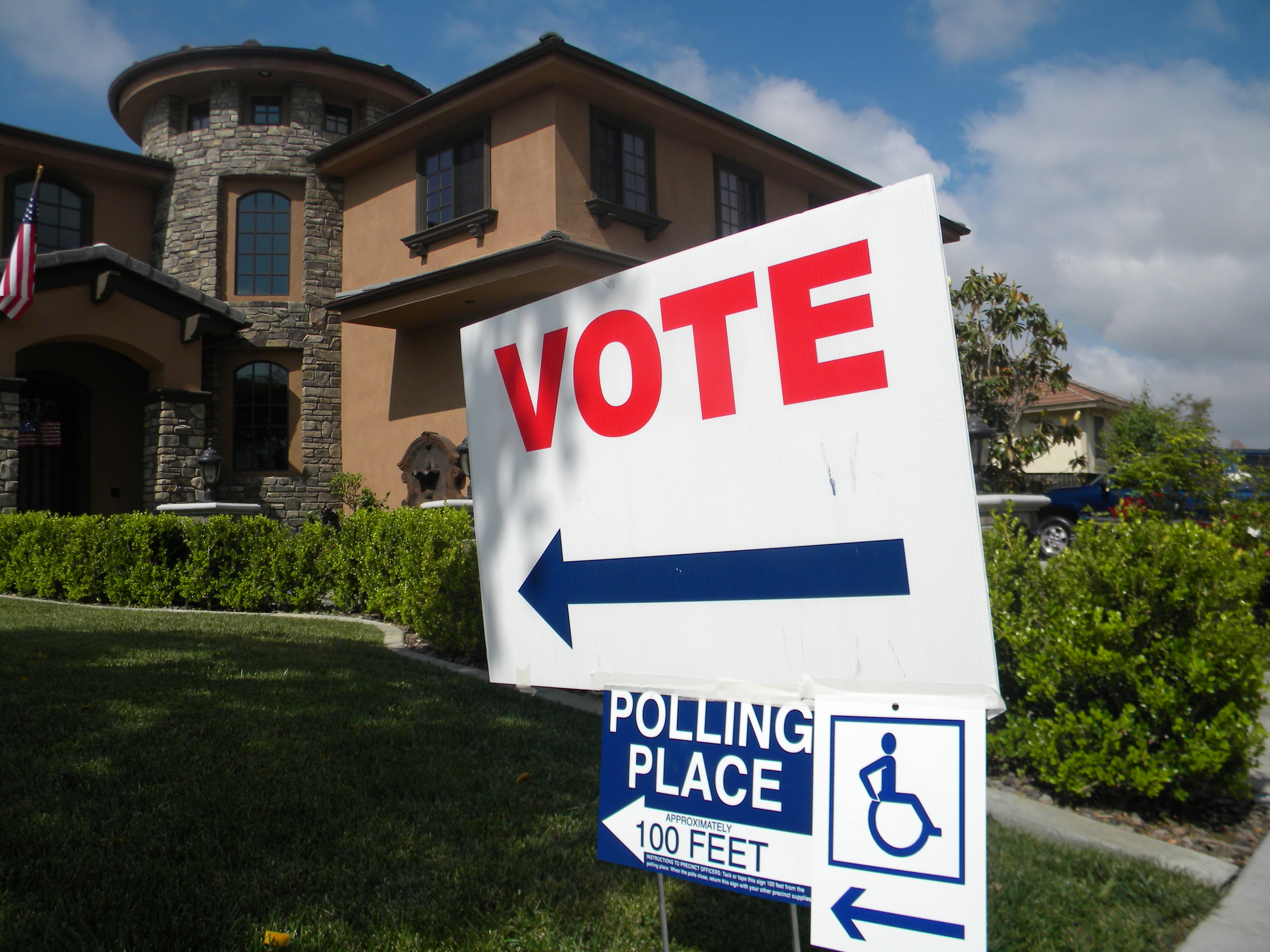 elections 2006 in california essay Environmental voting in canada: evidence from the 2006 canadian federal election mike painter-main mpaintermain@utorontoca abstract one of the most visible changes in post-war public opinion has been the increased.