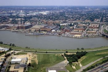 The Navy Shipyard in Southeast D.C. (Photo by Wikimedia Commons via the U.S. Navy)