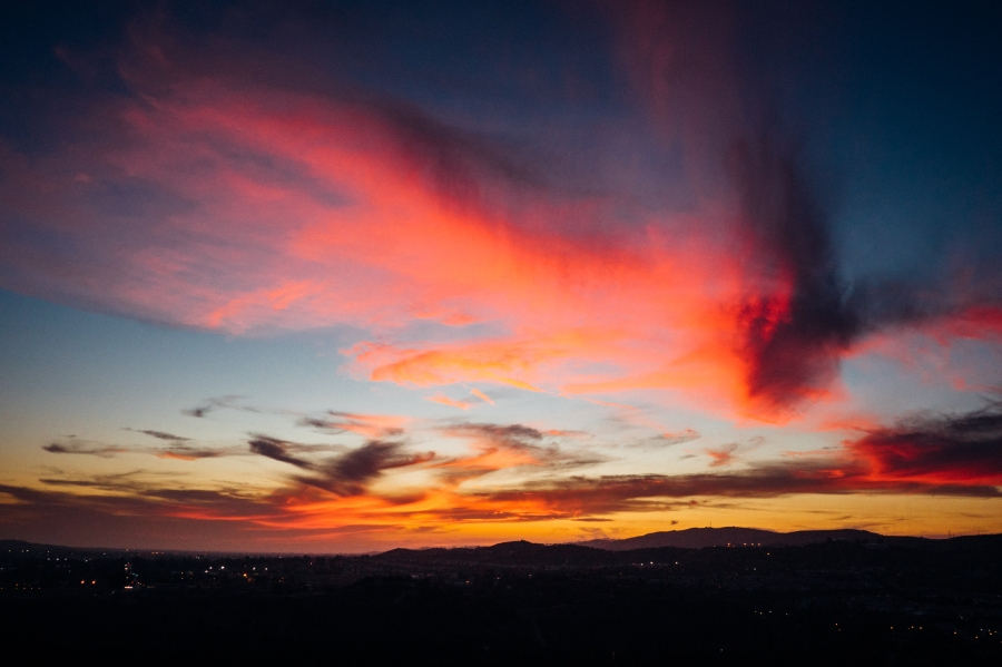 Twilight as viewed from Carbon Canyon State Park in August 2015.
